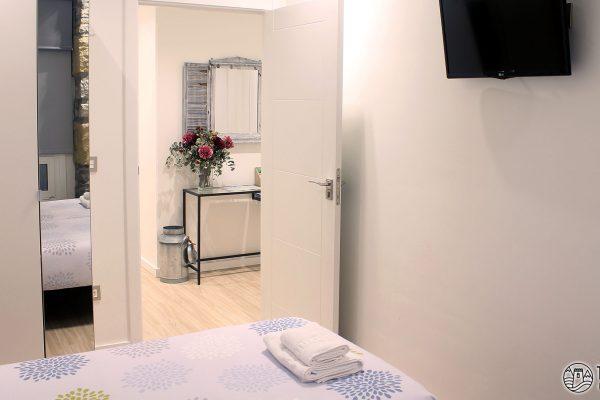 habitacion-doble-talaia-hostel-03